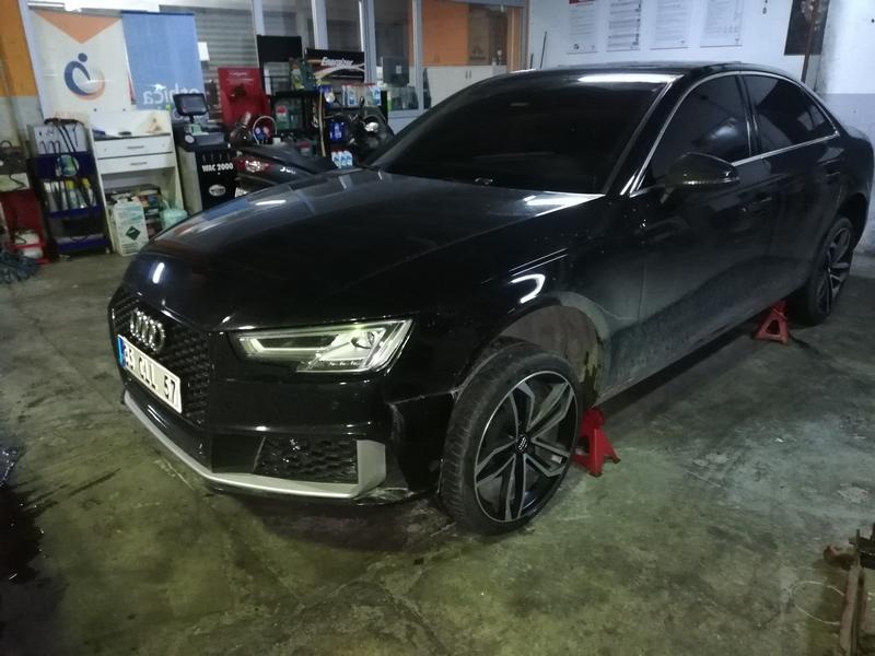Before-Audi Piano Black Revizyon